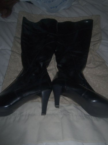 Womens Boots Size 13
