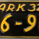1932 Arkansas License Plate (136-963)