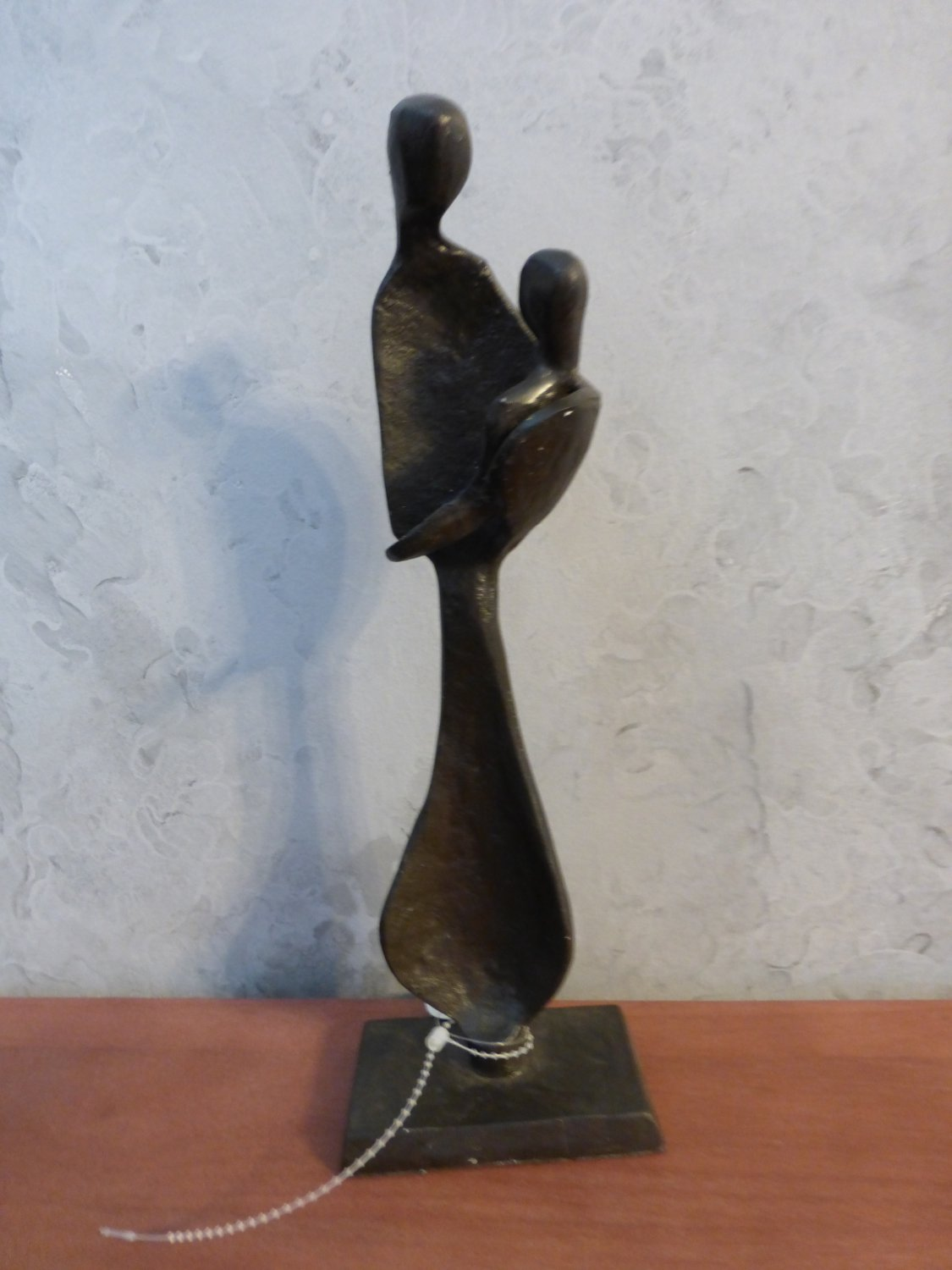 Design Toscano Modern Mother Holding Baby Cast Iron Statue