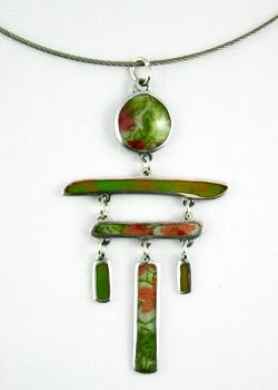 Inukshuk Necklace - Green