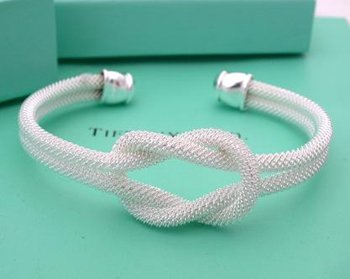 Beautiful Sterling new style tie a knot bracelet bangle