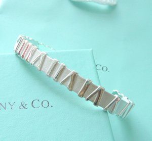 Beautiful Sterling new style Rome bracelet bangle