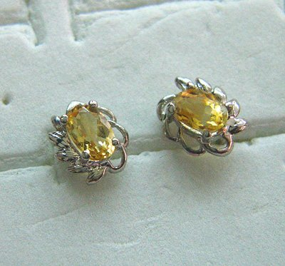100% natural yellow round sapphire and sterling silver earrings
