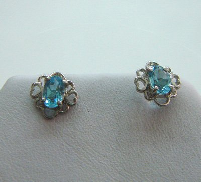 100% natural blue round sapphire and sterling silver earrings