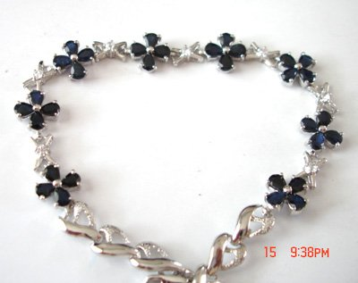 100% natural blue sapphire and sterling silver bracelet