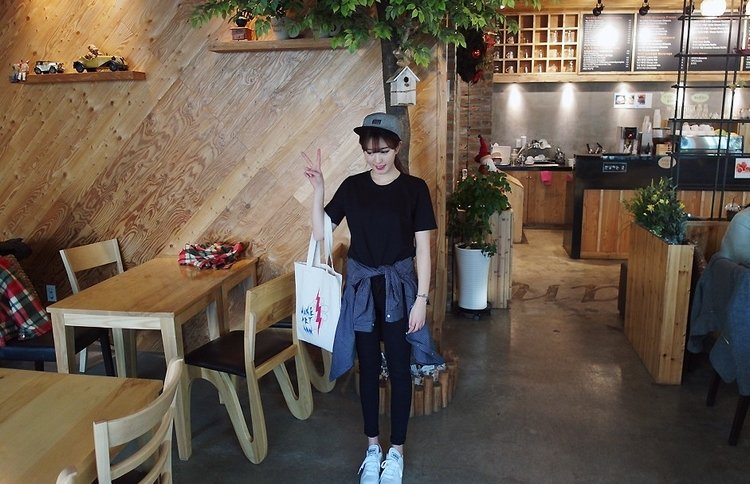 [K01134] Short Sleeve T-Shirt (BLACK)