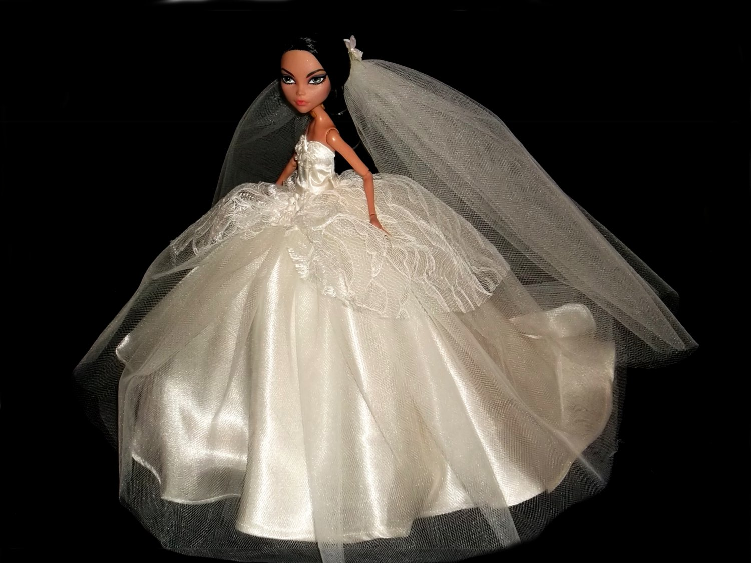 Ivory wedding dress for monster high doll for How to ship a wedding dress usps