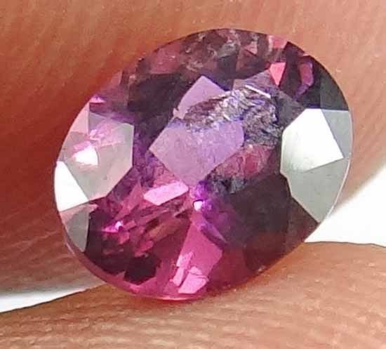 SPINEL Natural 1.05 Carat 6.95 X 5.52 MM Untreated  Nice Color & Luster 12111510