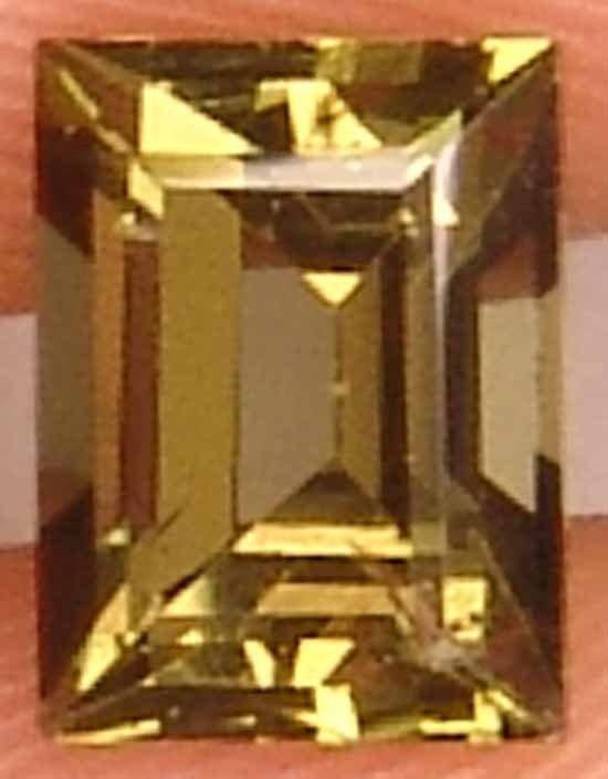 Kornerupit 1.25CT Perfect Cut Glowing Gemstone 11032542