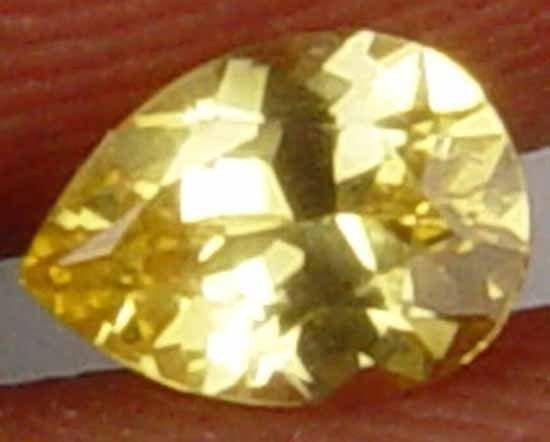 Natural Ceylon Yellow Sapphire Gemstone Beautiful Pear Shape 0.40 CT 07031164