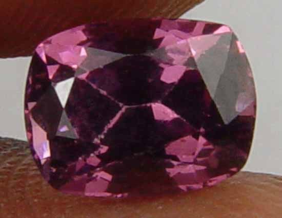 1.65CT Well Cut Glowing Pink Natural Garnet 10061123