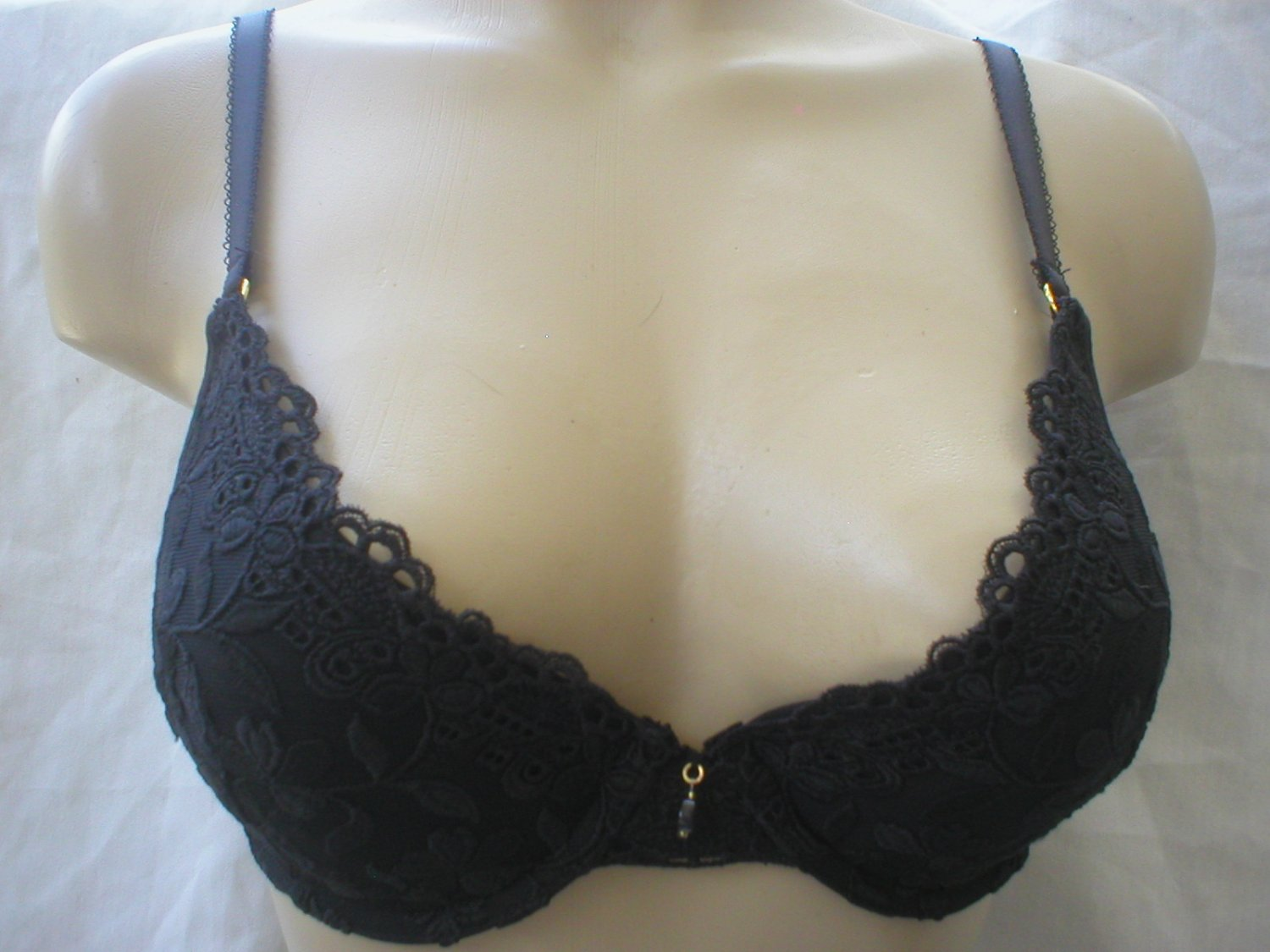 Badgley Mischka Black Lace Padded Contour Bra 10305 36C NWT