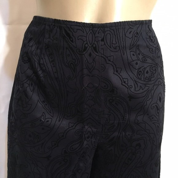 Ann Taylor Black Burnt Velvet Flocked Print Pants 2