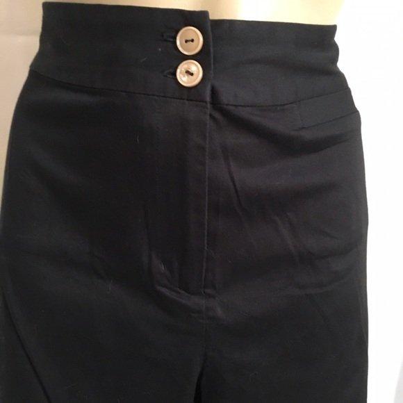 Chico's Black Cotton Blend Capri Pants 1