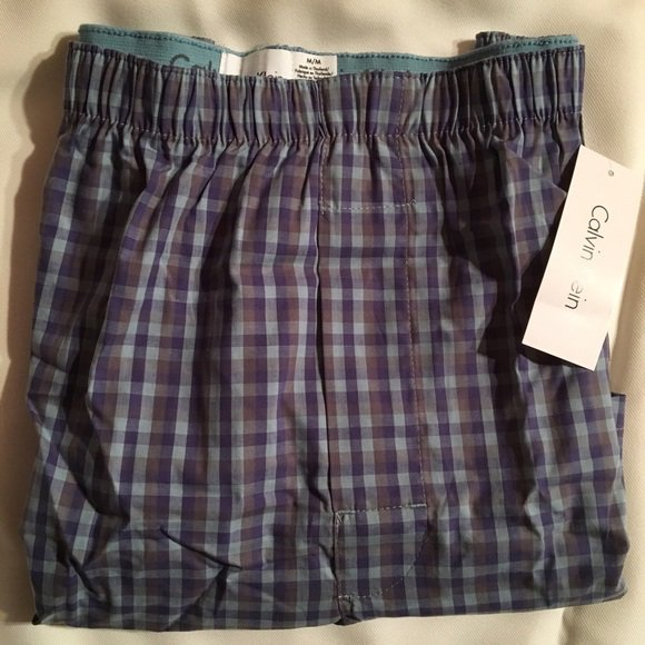 Calvin Klein Men's Blue & Gray Plaid Cotton Boxer Shorts U1625C M NWT