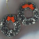 VTG. CHRISTMAS WREATH ORNAMENTS