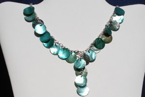 Green Mother of pearl coin necklace