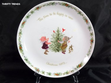 1973 Holly Hobbie Commemorative Edition Christmas Plate