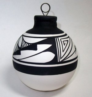 Southwest Ornament Black & White
