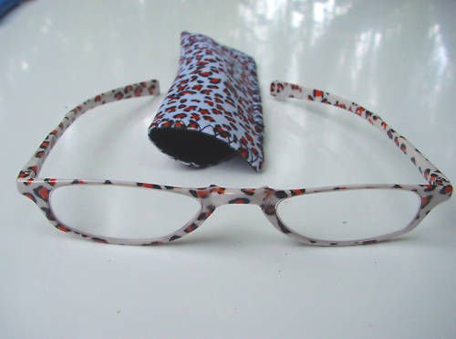 NEW WILD CAT PATTERN READING GLASSES & POUCH +2.5 D519