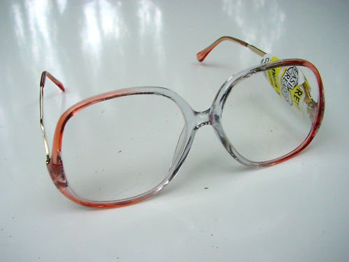 NEW RETRO STYLE READING GLASSES CLEAR & PINK +2.0