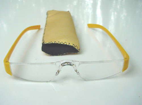 NEW YELLOW RIMLESS READING GLASSES & POUCH +1.5 D512