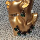 WOMENS GREEN BLACK RHINESTONES VINTAGE STYLE NECKLACE AND EARRING SET