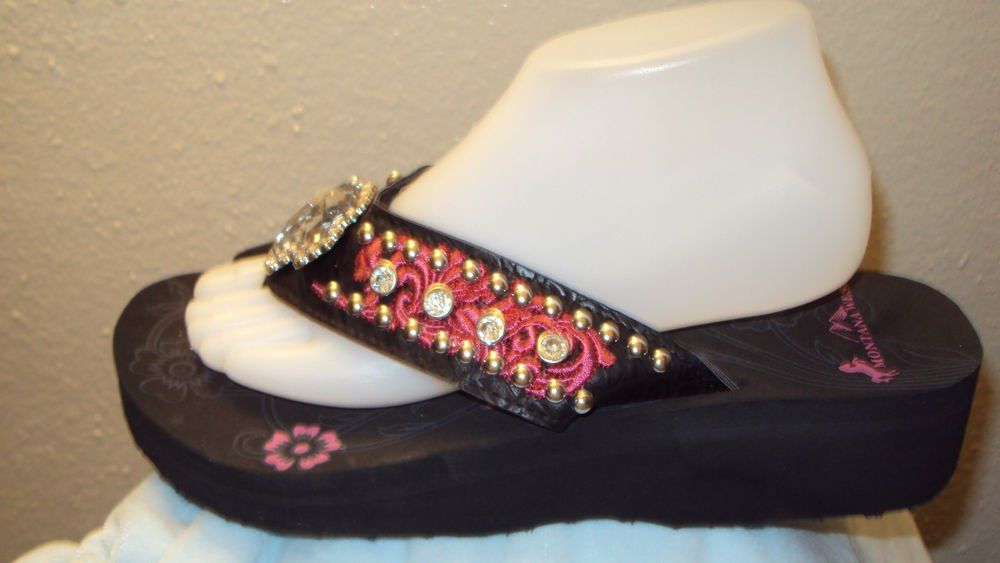 WOMENS MONTANA WESTERN PINK WEDGE FLIP FLOP SANDALS WITH A CROSS