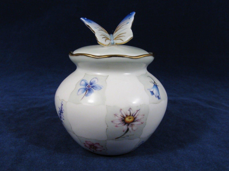 2002 ARDLEIGH ELLIOTT WB Gold Music Porcelain Music Box Buttery FLowers WBMW Fast Free Ship