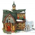 Santa's Workbench 2001Classic Series Chestnut Hill Barn Lighted Porcelain House Fast Free Ship
