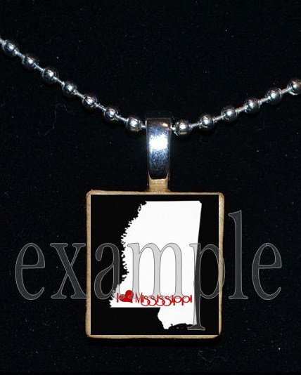 ANY USA STATE Black & White c/ Red Heart Scrabble Necklace Charm Key-chain Gift