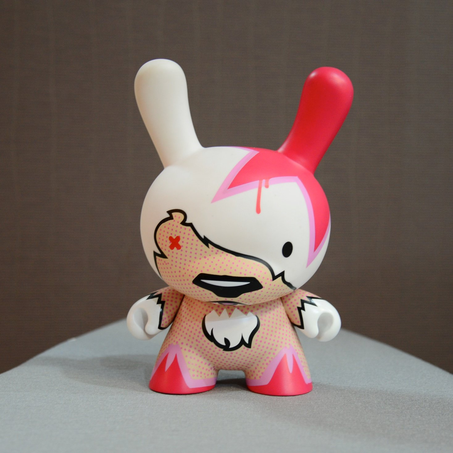 "dunny 8"" figure Flying Fortress"