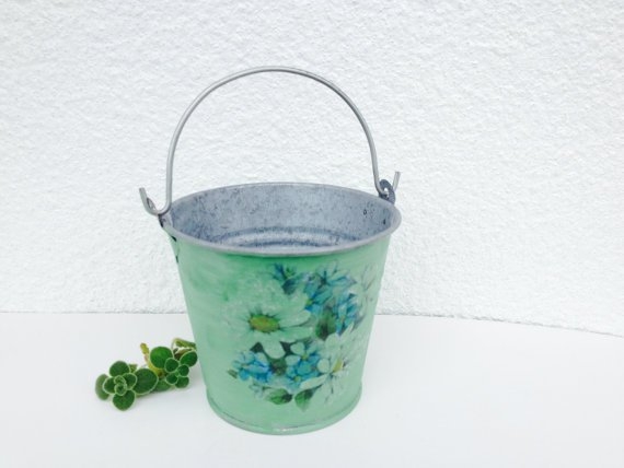 Free Shipping!! Mini Succulent Planter / Vintage Floral Planter in Mint green