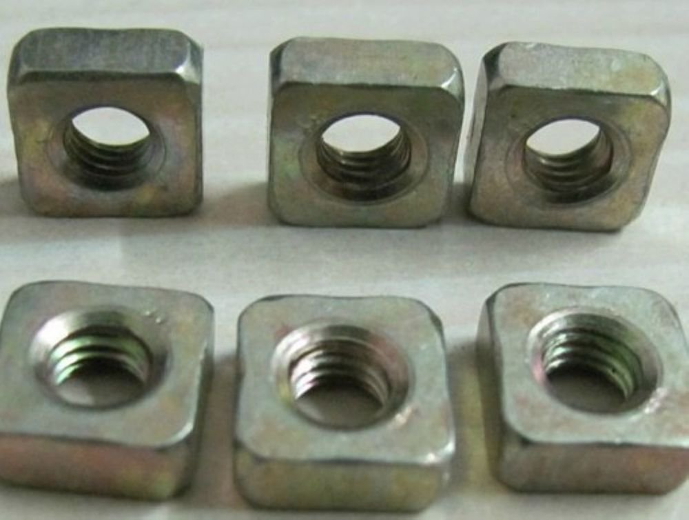 100pcs stainless steel Metric M5 x 8mm x 4mm Square Nuts