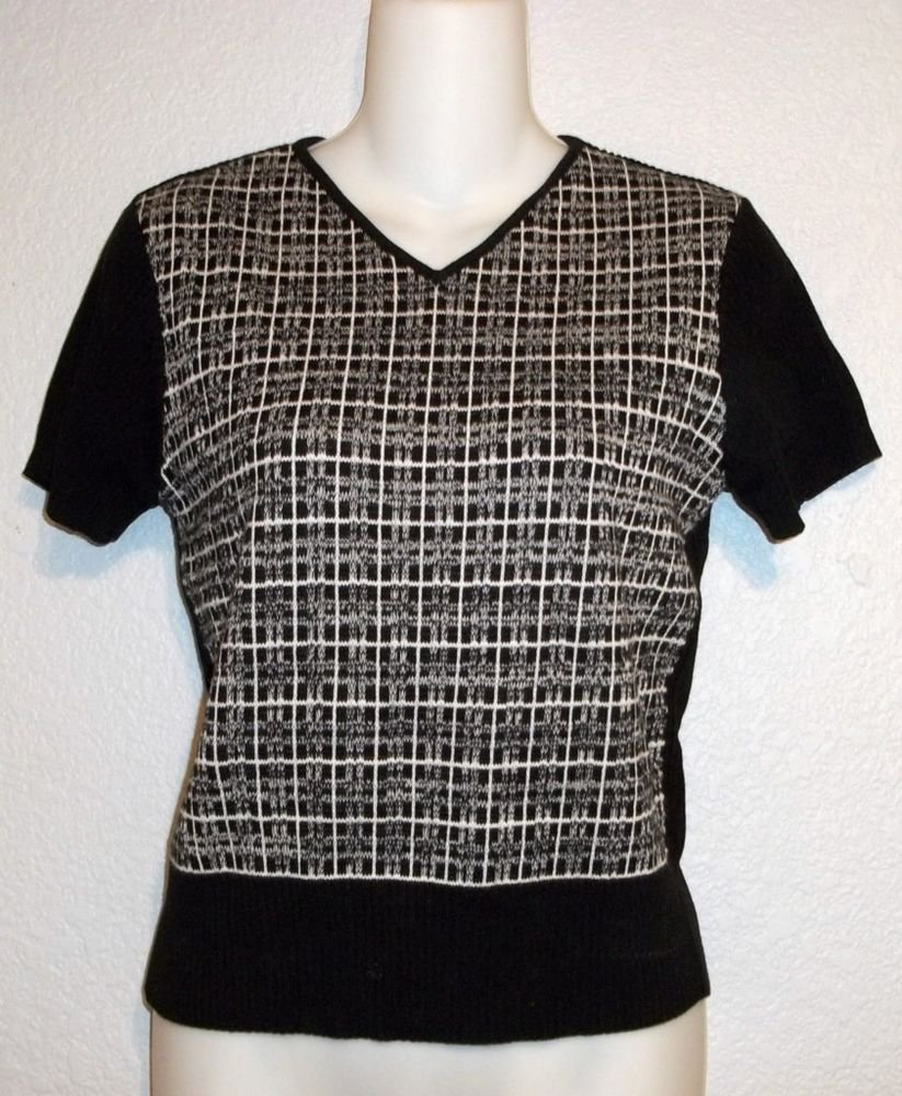 Old Navy Small 4 6 Black White Abstract Short Sleeve Pullover Short Sweater