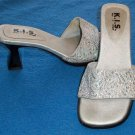 K. I. S. Keep It Simple  5 Medium B Silver Metallic Open Toe Open Low Heel Mules