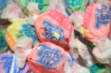 "SUGAR FREE ASSORTED SALT WATER TAFFY 3 Lb Taffy Town The World's Best Taffy"""