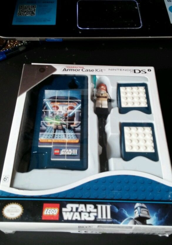 LEGO  Nintendo Star Wars III DSI Console Game Kit