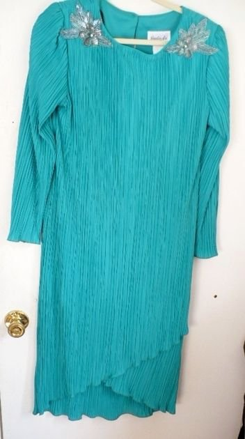 Jordan Ari BLUE/GREEN TIERED Dress - Size 10 Solid Color