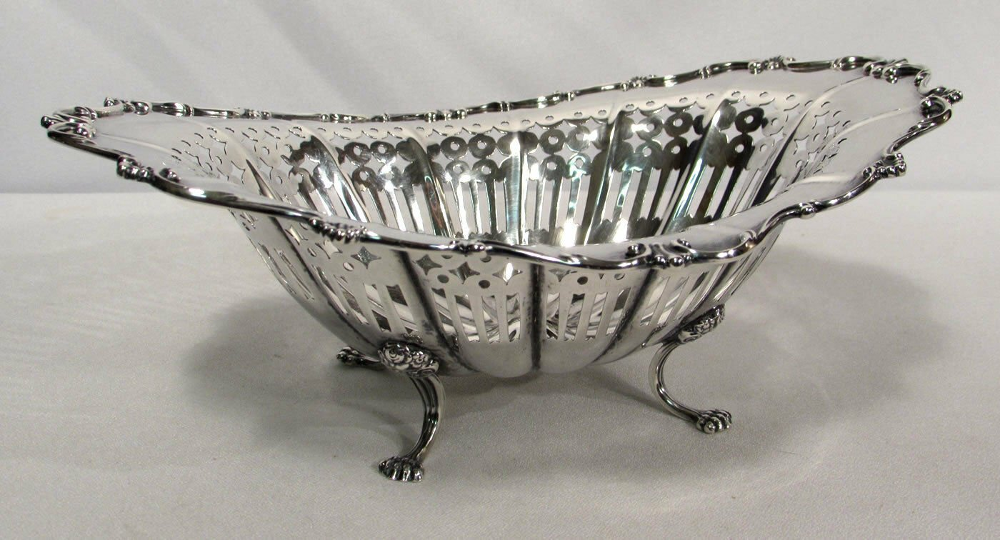Towle Sterling Silver Hollowware Footed & Pierced Oval Bonbon Candy Dish #4862