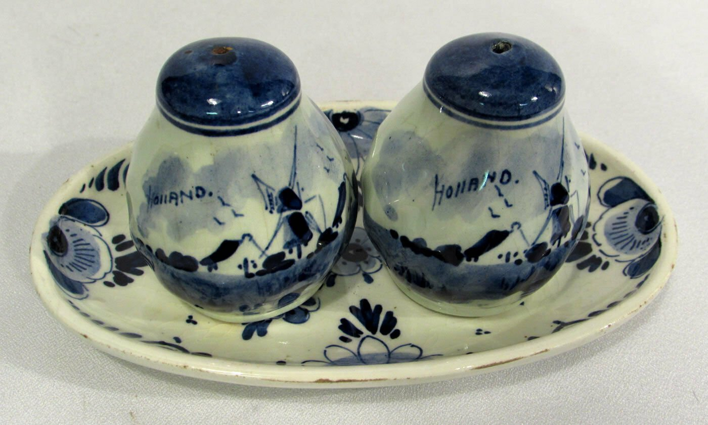 Vintage Delft Blue & White Holland Salt & Pepper Shakers w/ Underplate