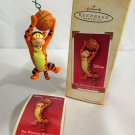 2004 Winning Bounce Hallmark Keepsake Christmas Ornament Disney Tigger NIB