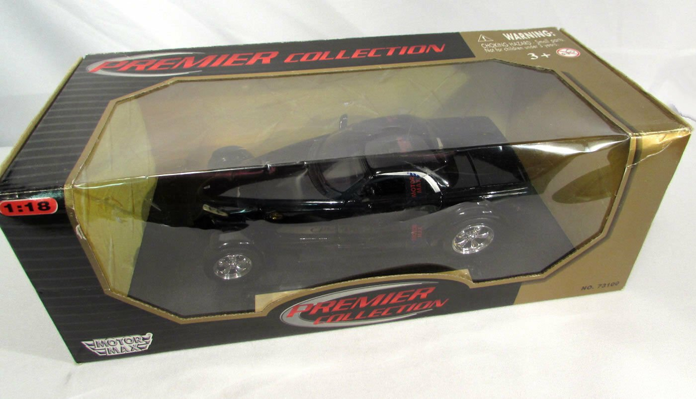 Chrysler Howler Car Motor Max Premier Collection 1:18 Black No. 73100 w/Orig Box