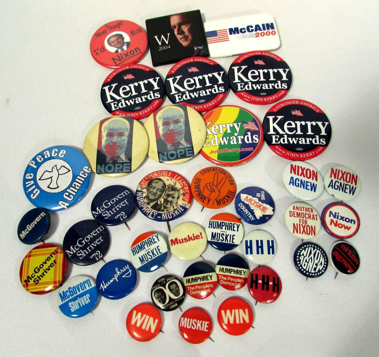 Pinback Political Campaign Buttons McGovern Nixon Humphrey Bush Kerry (37)