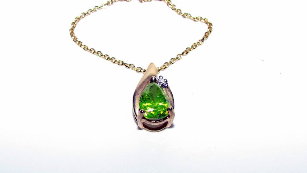 LIME GREEN- YELLOW PEAR SHAPE DIAMOND PENDANT NECKLACE 14KT