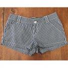 No Boundaries B&W Checkered Shorts (3)