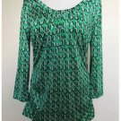 New York & Company Green Geometric Pattern Modern Stretch Top Blouse Medium M