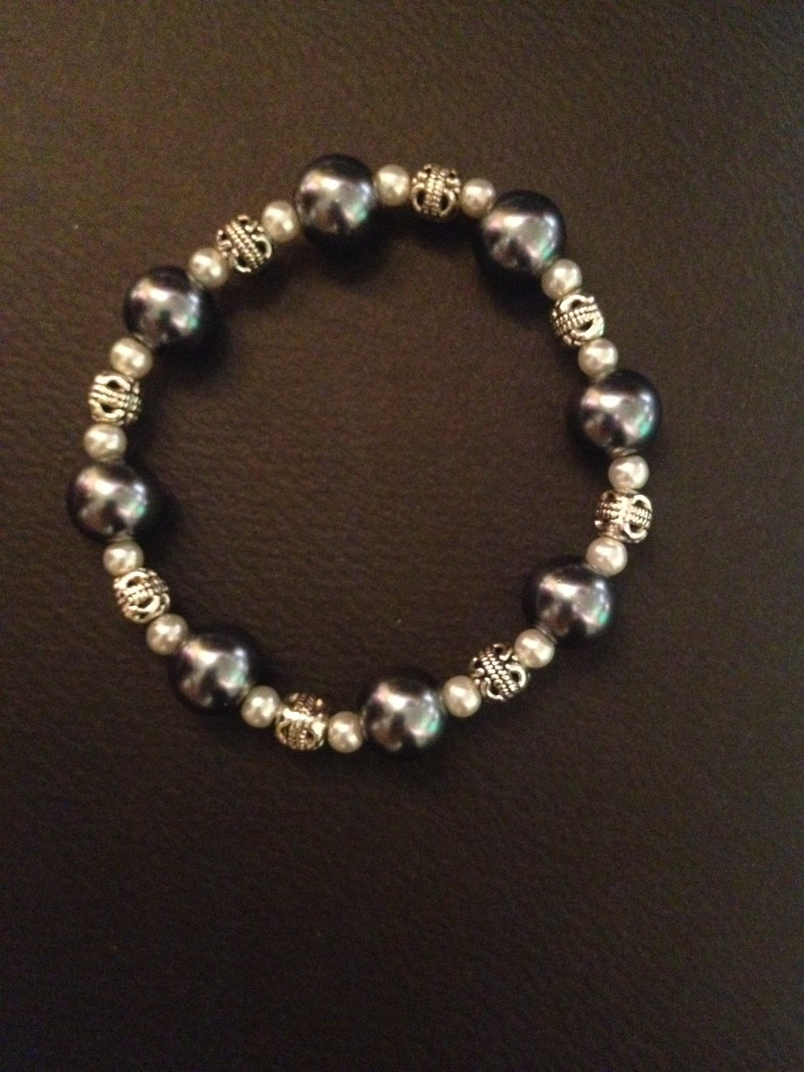 Hematite with Pearl and Antique Silver-Plated Beads Bracelet