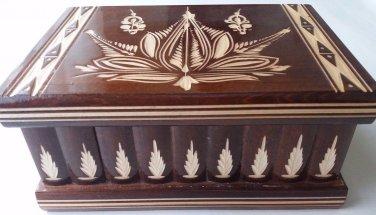New big huge brown wooden jewelry magic puzzle box adventure hunting treasure