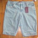 New Womens Sz 22 W Gloria Vanderbilt Ashley Addie Whisper Wash Capri Jeans